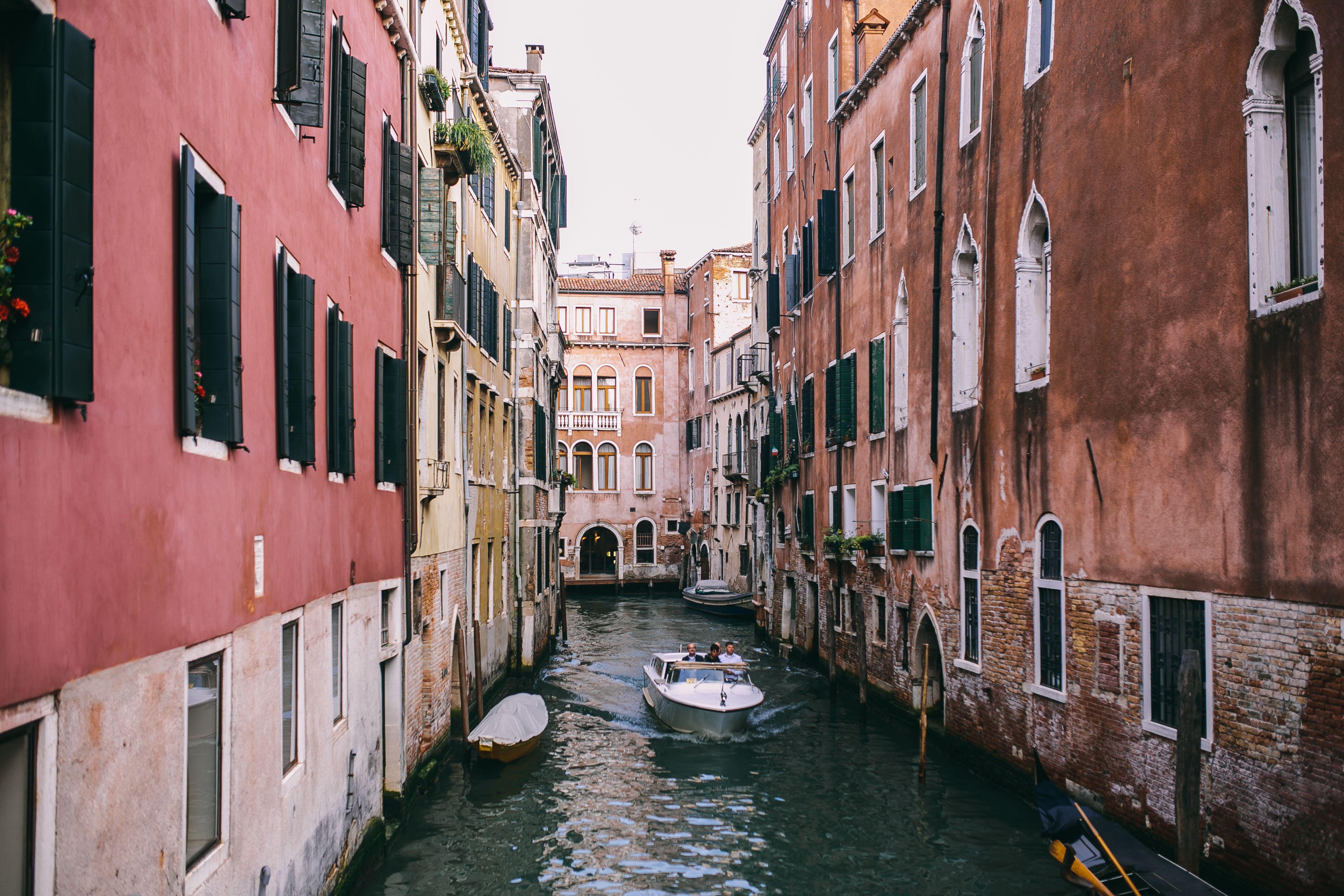 kaboompics_Canal with gondolas in Venice, Italy