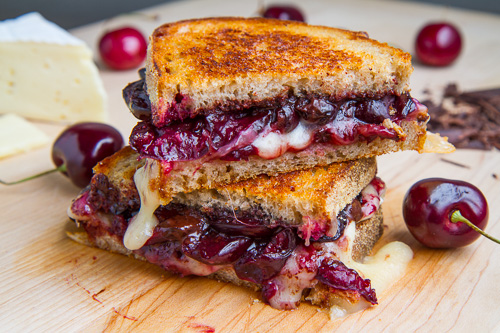 Balsamic-Roasted-Cherry-Dark-Chocolate-and-Brie-Grilled-Cheese-Sandwich-500-5817
